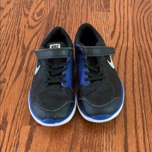 Nike big kid shoes size 1Y
